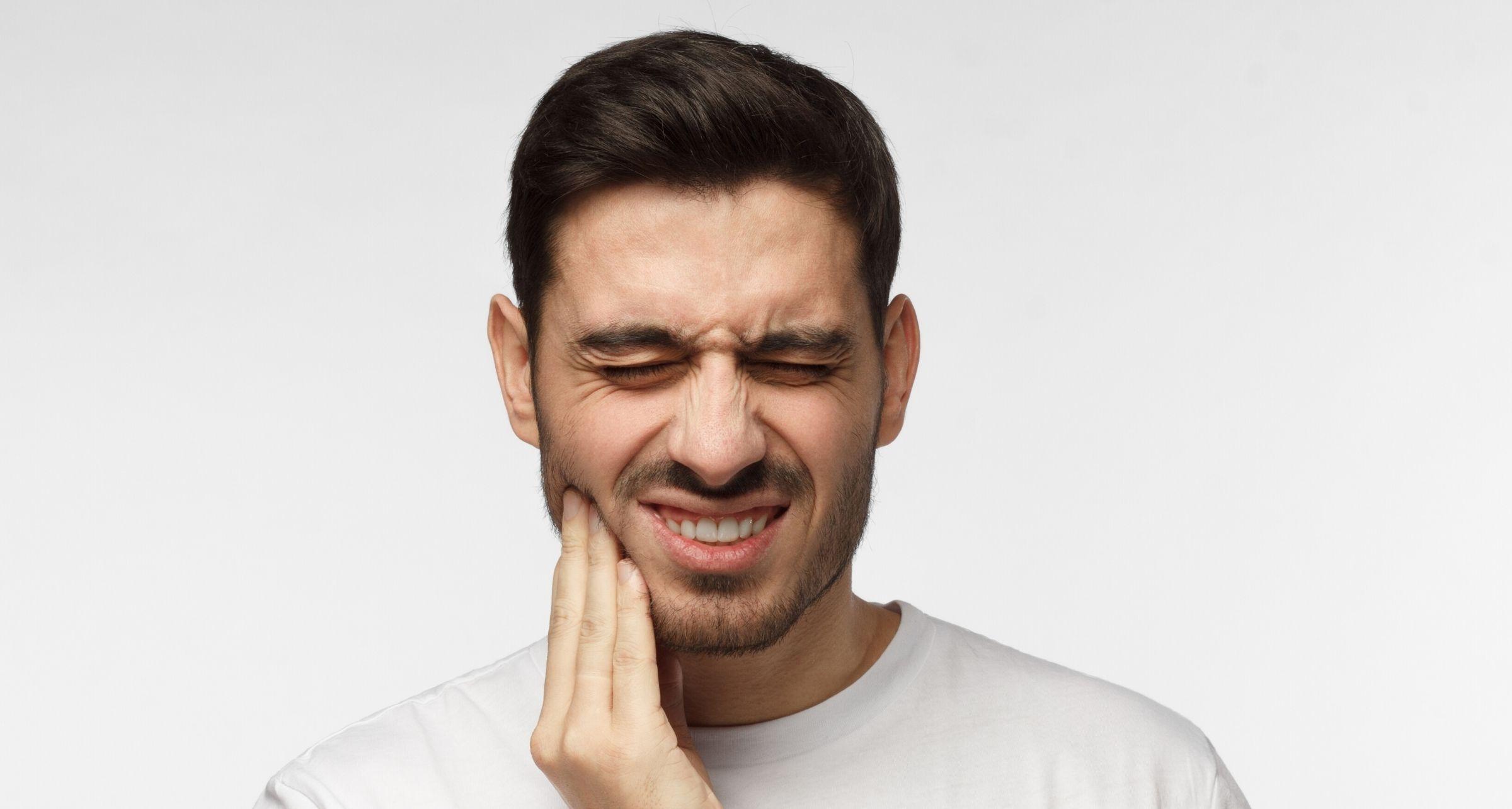 mandibola e acufene